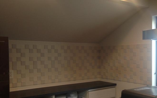 キッチンカウンター上にパールマスク(パールクリーム)をL字施工