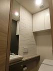 トイレのカウンター上にグラナスハルト