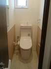 トイレにライトローズのスプライン、両サイド