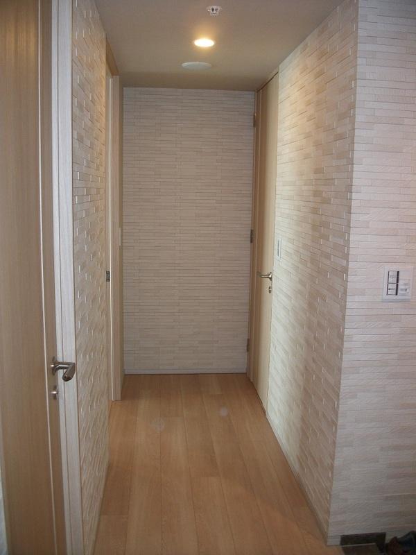 玄関から廊下までルドラを贅沢に
