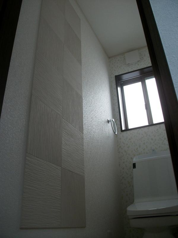 トイレ水周りにエアリオたけひご市松貼り