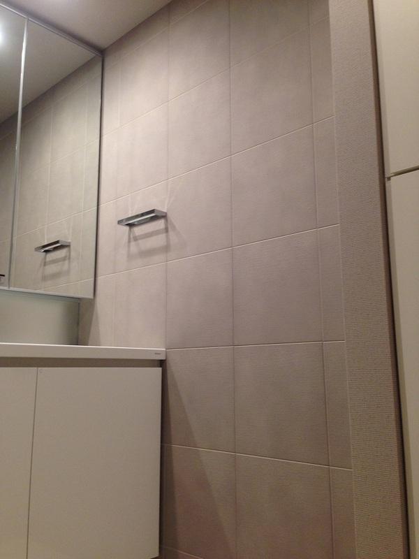 エコカラットプラス布柄を洗面室に
