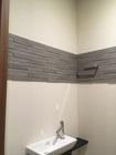 トイレにエコカラットプラスのグラナスルドラをライン貼りで