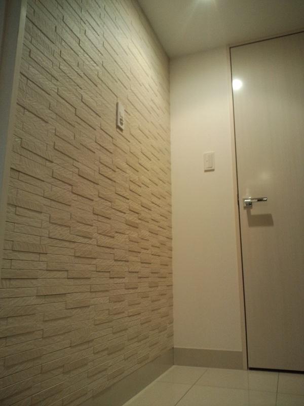 玄関 グラナスルドラ・ホワイト