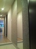 非常にきれいな施工をして頂きました。高級感あふれる玄関になりました。